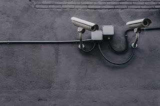 Hackers μπορούν να σας παρακολουθούν αν είστε σπίτι από τις κάμερες ασφαλείας