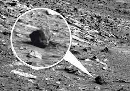 Mars anomalies and amazing intelligently made artefacts that are real proof of life on Mars