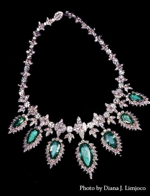 The Imelda Marcos Jewelry PhotosImelda Marcos Jewelry