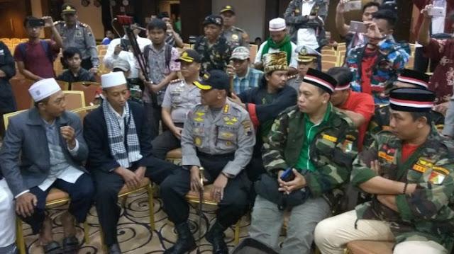 [Video] Di Sholawati Banser, HTI di Semarang Tak Berkutik