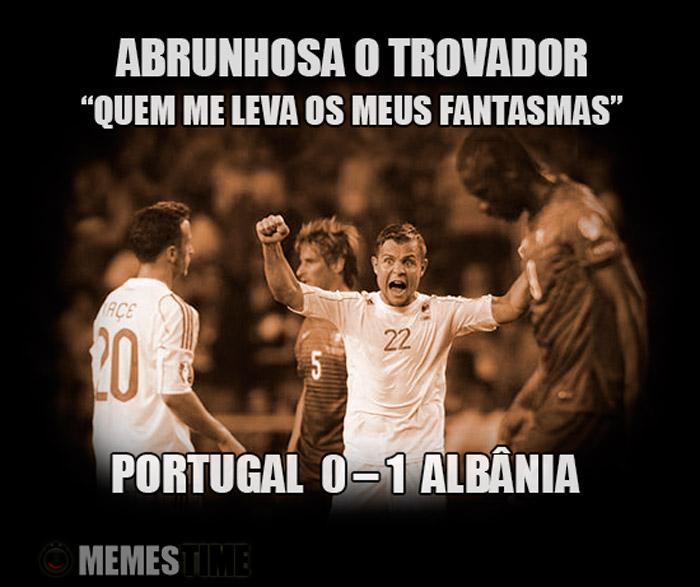 """Meme Portugal Albânia –Abrunhosa o Trovador """"Quem me leva os meus Fantasmas"""" Portugal 0 – 1 Albânia"""