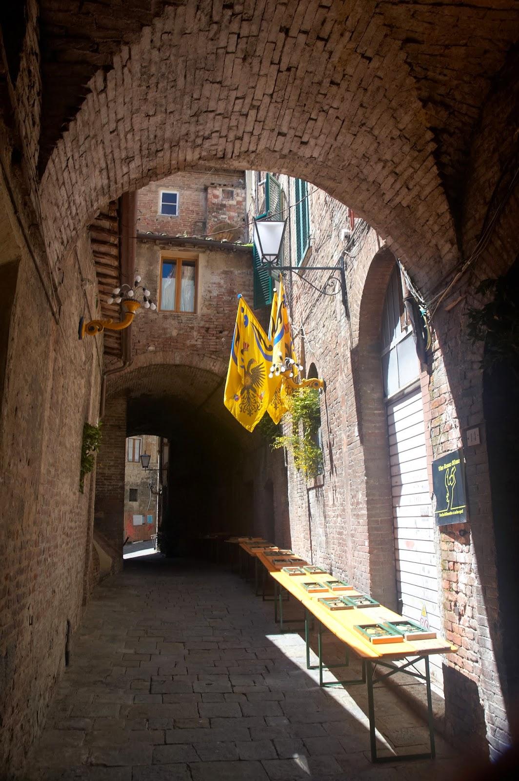 dzielnice w mieście Siena