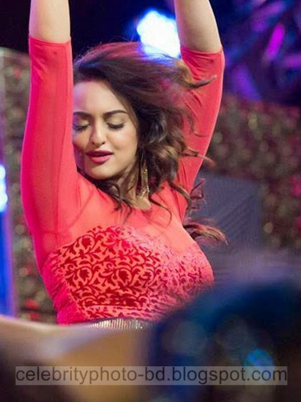 Hottest Photos of Sonakshi Sinha's In Sexy Transparent Dress