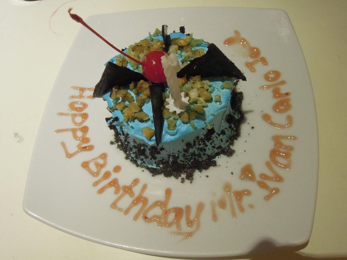 Free birthday cake in Misibis Bay