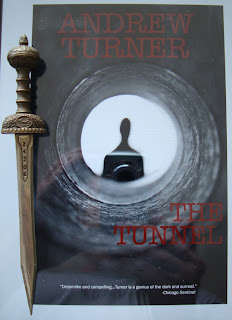 Portada del libro The Tunnel, de Andrew Turner