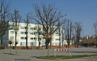 http://fotobabij.blogspot.com/2016/03/budynek-urzedu-skarbowego-puawy-zdjecie.html