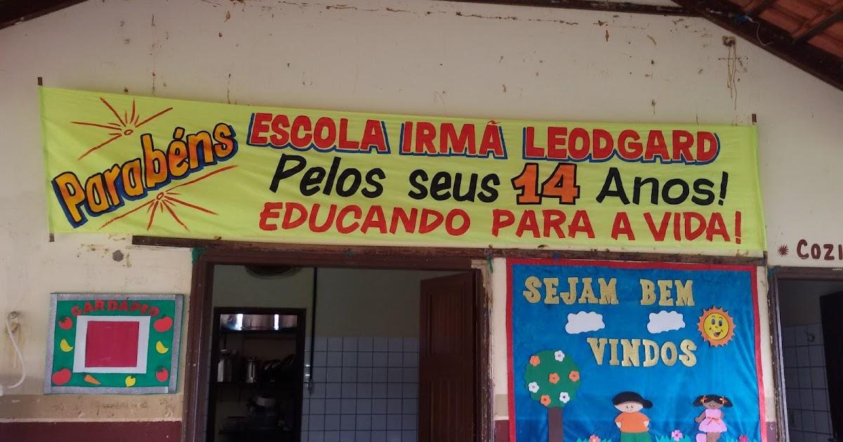 Escola Municipal Irmã Leodgard Gausepohl Produções: ESCOLA IRMÃ LEODGARD EDUCANDO PARA A VIDA! : ANIVERSÁRIO