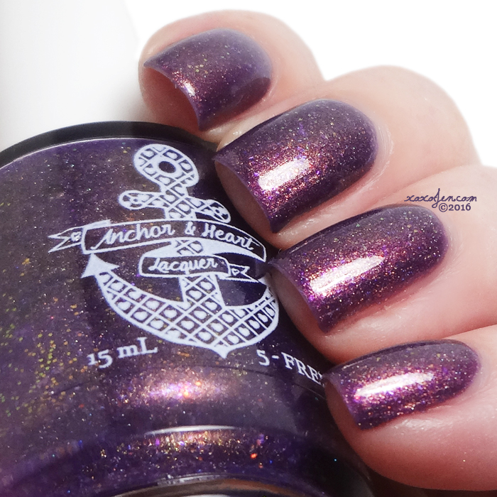 xoxoJen's swatch of Anchor & Heart Go Big or Stay Home