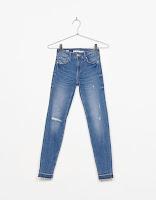 https://www.bershka.com/fr/femme/v%C3%AAtements/jeans/jean-skinny-fit-c1010193215p101172728.html?colorId=461