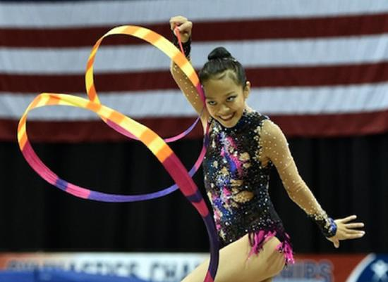 Laura Zeng ribbon routine