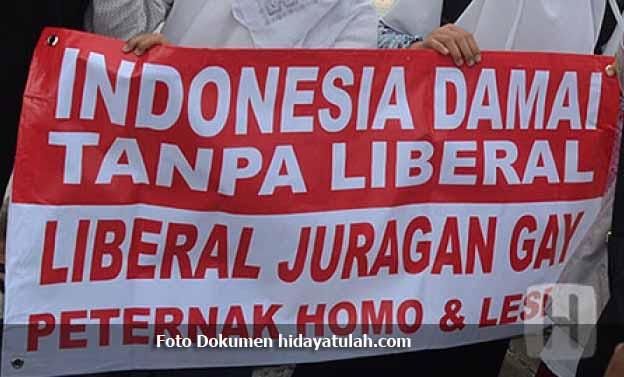 Kaum Liberal Musuh Utama Penghambat Pemberantasan LGBT di Indonesia