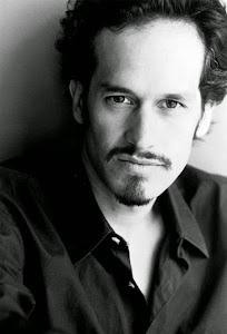 Jonathan Aris