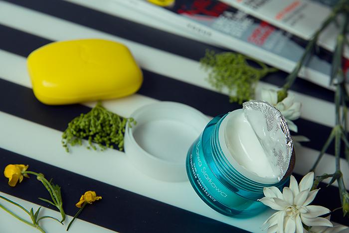 Kosmetyki do pielęgnacji twarzy- Barwa Siarkowa