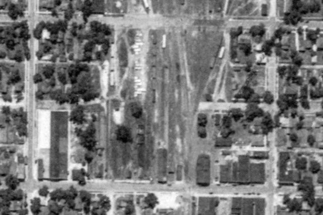 1938 Beardstown CB&Q Union Station and Freight Depot