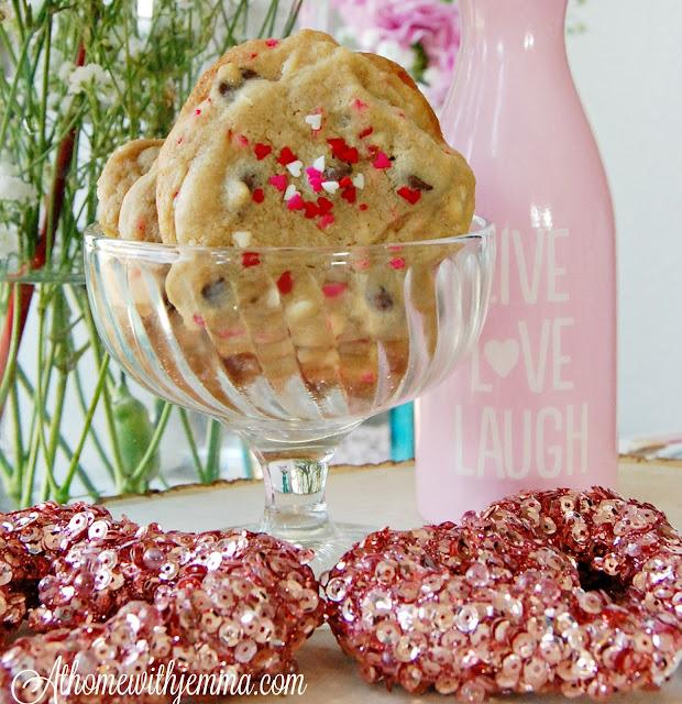 heats-decorated-Valentine-baking-jemma