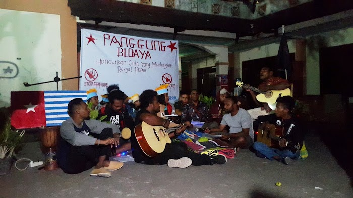 PANGGUNG BUDAYA Hancurkan Cinta Yang Membungkam Rakyat Papua