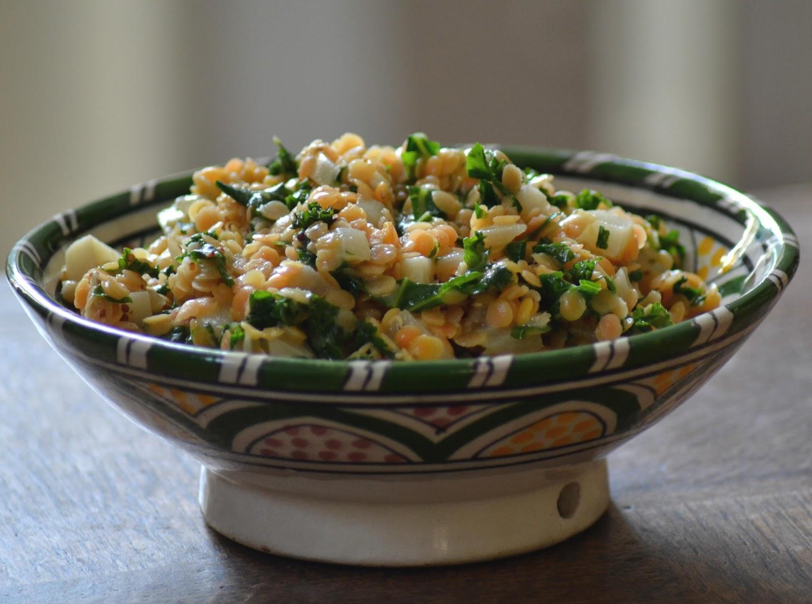 Vegetarische linzenschotel met mosterd en boerenkool