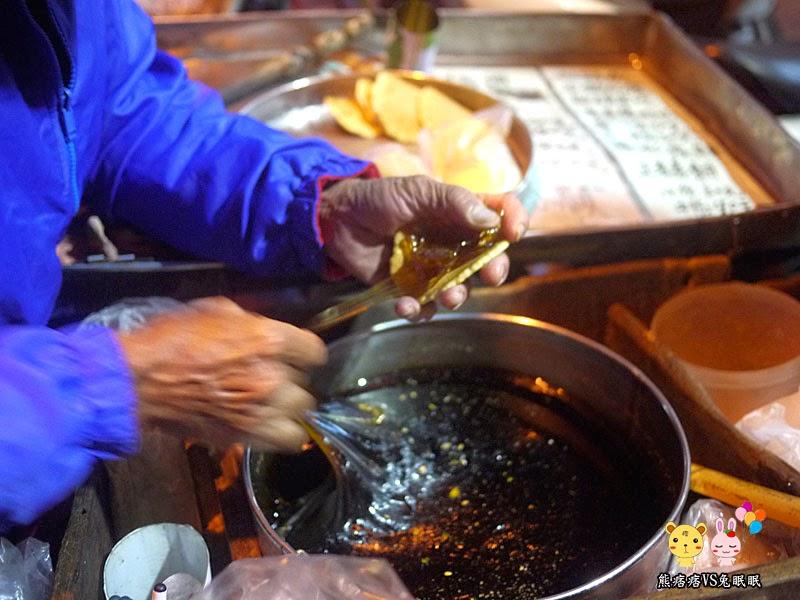 P1220422 - 台中古早味│沿途叫賣賣到逢甲夜市的古早味麥芽糖
