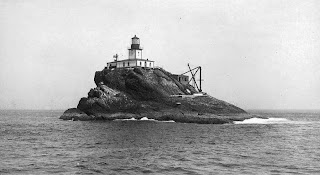 tillamook rock light oregon