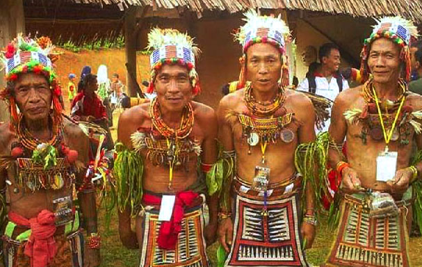 Foto suku mentawai