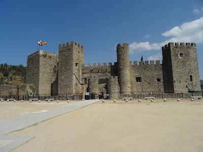 Castillo de San Vicente, Montemayor del Río, Salamanca