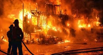 حريق التهم منزلا بوادي الليل وأسفر عن وفاة مسنة وبناتها الثلاثة وفتح تحقيق في الغرض