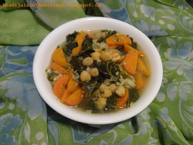 khadija is in the kitchen soupe aux carottes chou kale et pois chiches carrot kale and. Black Bedroom Furniture Sets. Home Design Ideas