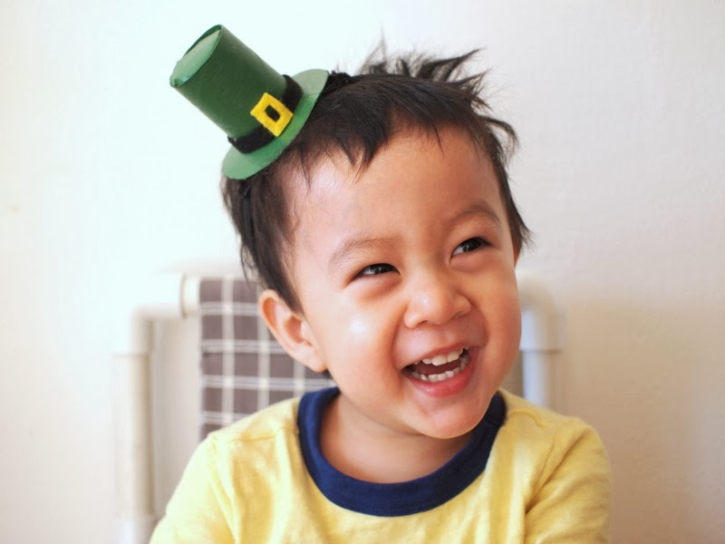 Toilet paper roll Leprechaun Hat Headband DIY Kids craft
