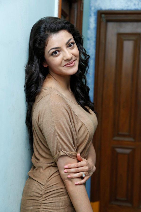 Kajal Agarwal Latest Hot Looking Face Long Hair Stills