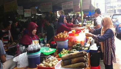 Pasar Takjil Benhil (Bendungan Hilir)
