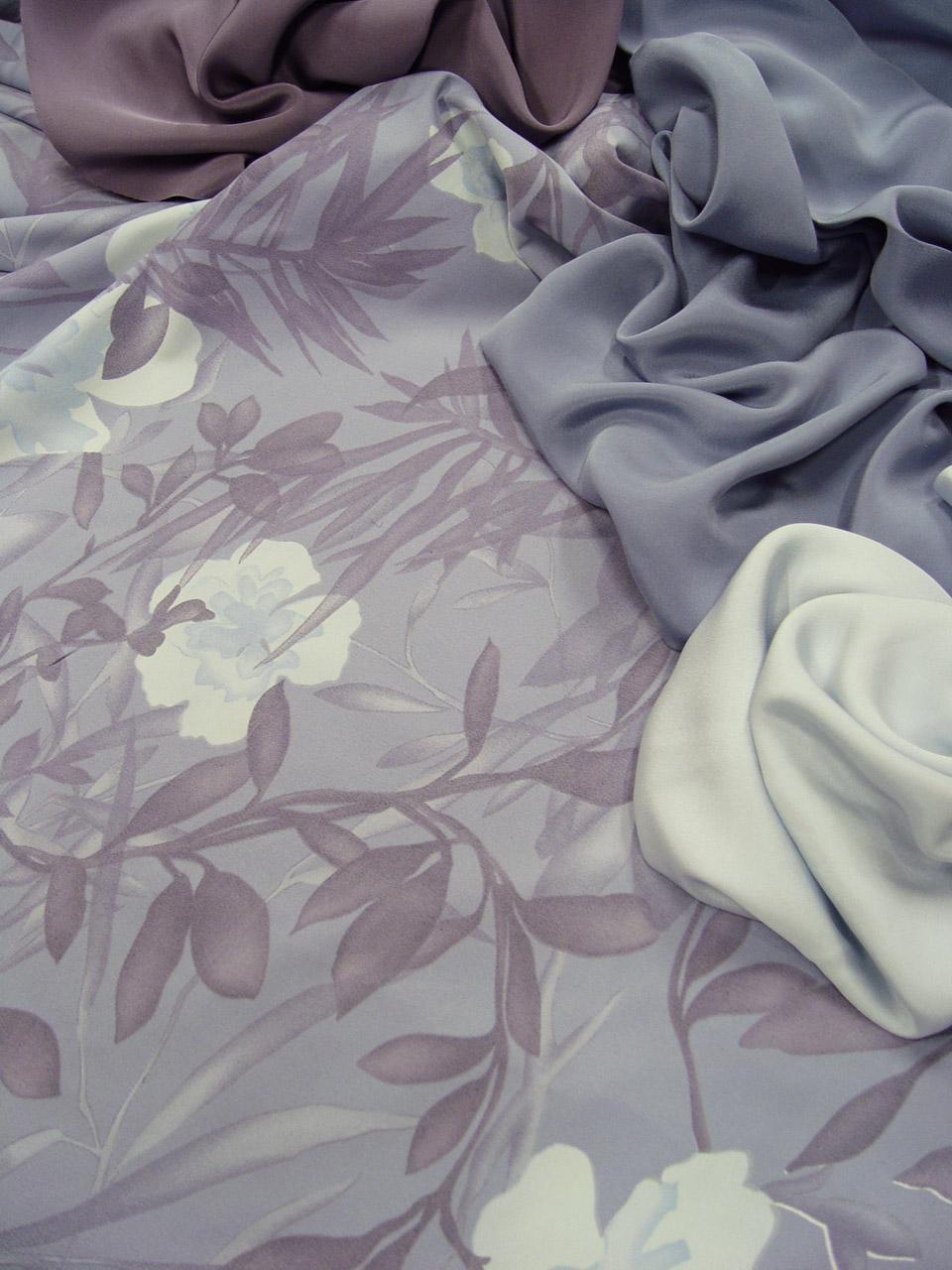 les nouveaut s au jour le jour chez stragier satin extensible et draps de soie unis coordonn s. Black Bedroom Furniture Sets. Home Design Ideas