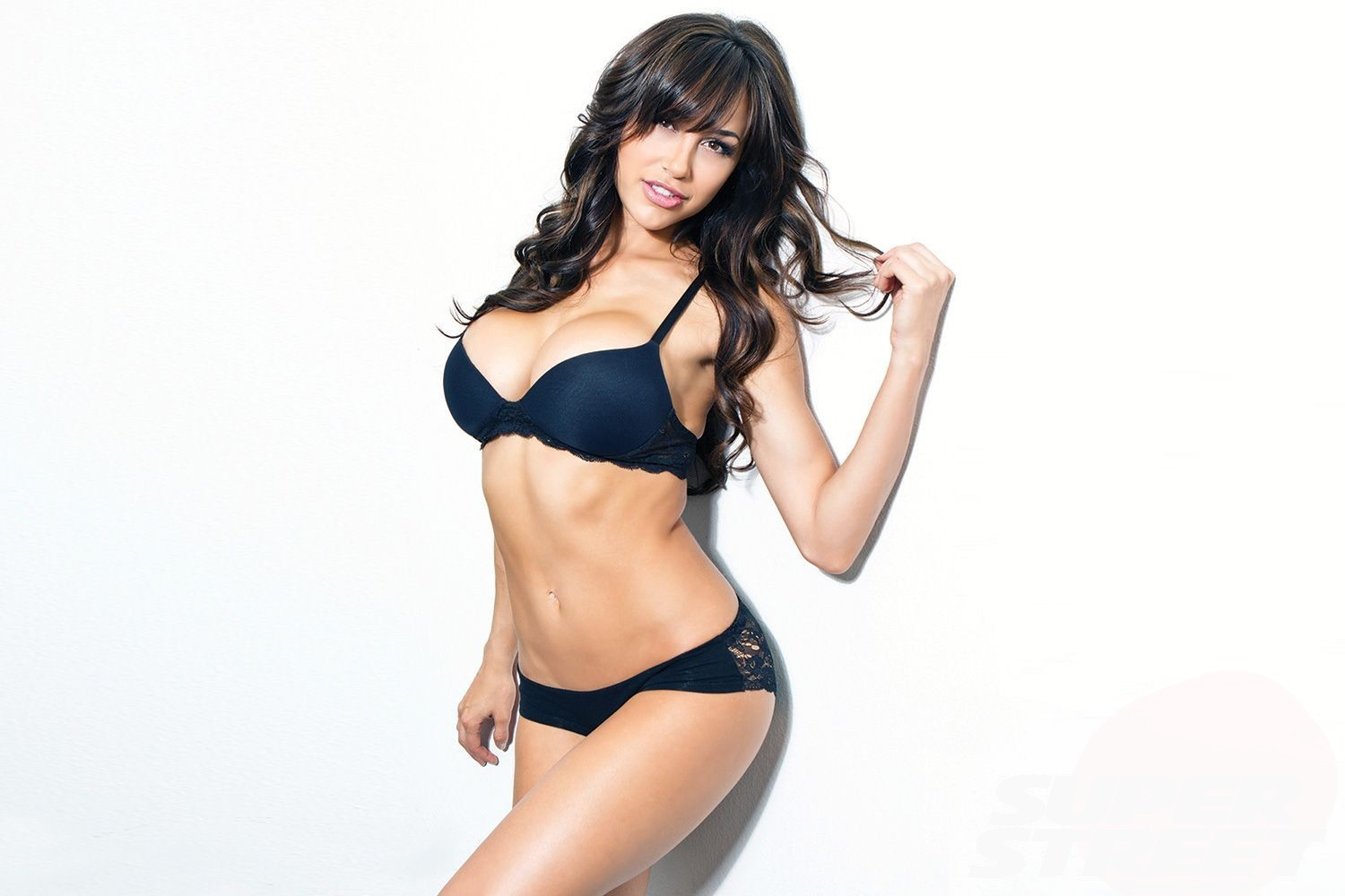Ana Cheri HD Wallpapers