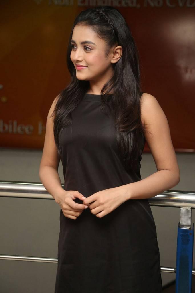 Mishti Chakraborty At Sharaba Movie Trailer Launch Gallery