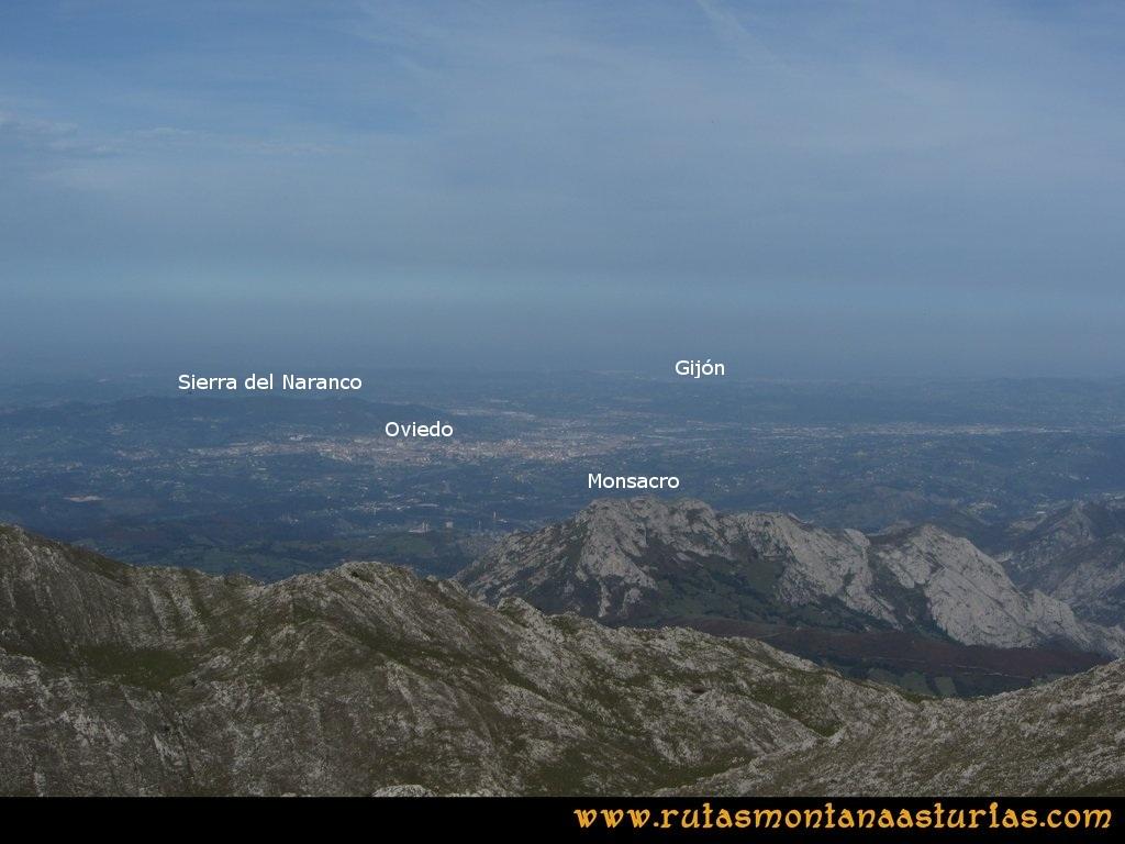 http://www.elcomercio.es/v/20120701/oviedo/hombre-restaura-naranco-secreto-20120701.html