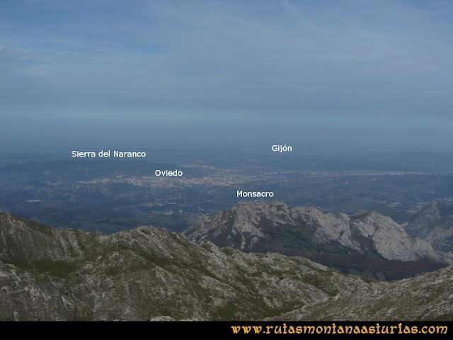 Ruta por el Aramo: Vista desde el Barriscal de Oviedo, Gijón, Monsacro y Sierra del Naranco