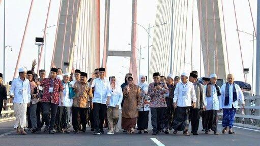 Presiden Jokowi Dilaporkan ke Bawaslu, Bara JP: Laporan Sontoloyo