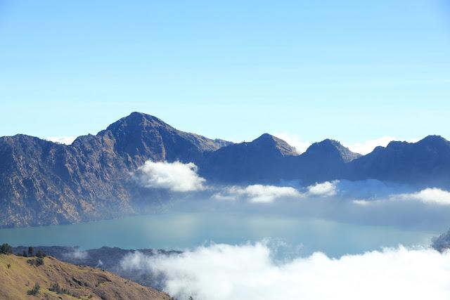6 Tempat Wisata Indonesia yang Penuh Keindahan