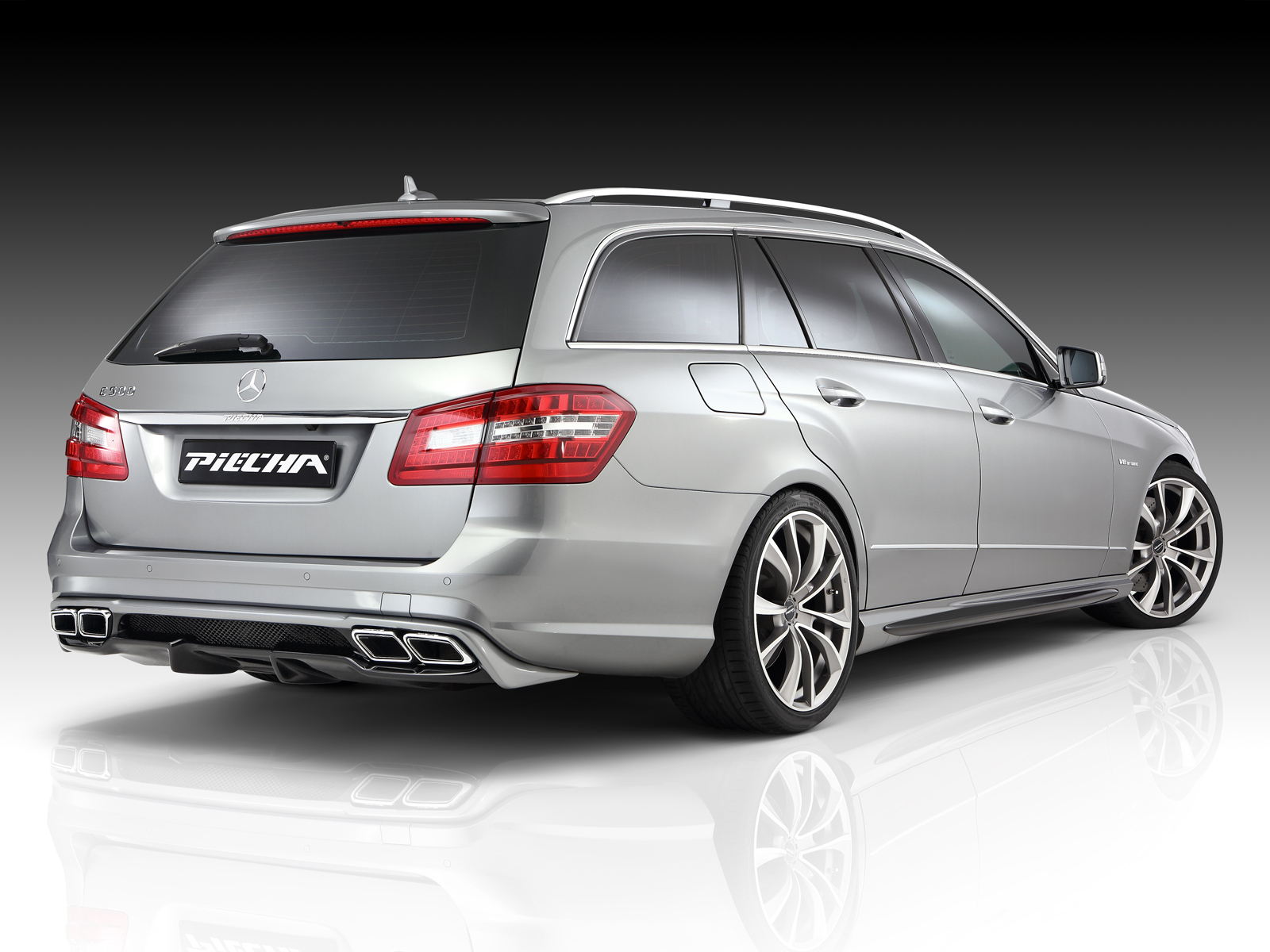 Piecha Keeps Mercedes E Class W212 Looking Fresh With Aero