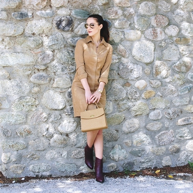 Jelena Zivanovic Instagram @lelazivanovic.Glam fab week.Tan shirt dress, burgundy leather booties.Best fall and spring outfits.