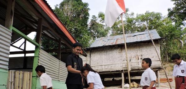 Gerakan Nasional Mengantar Anak di Hari Pertama Masuk Sekolah