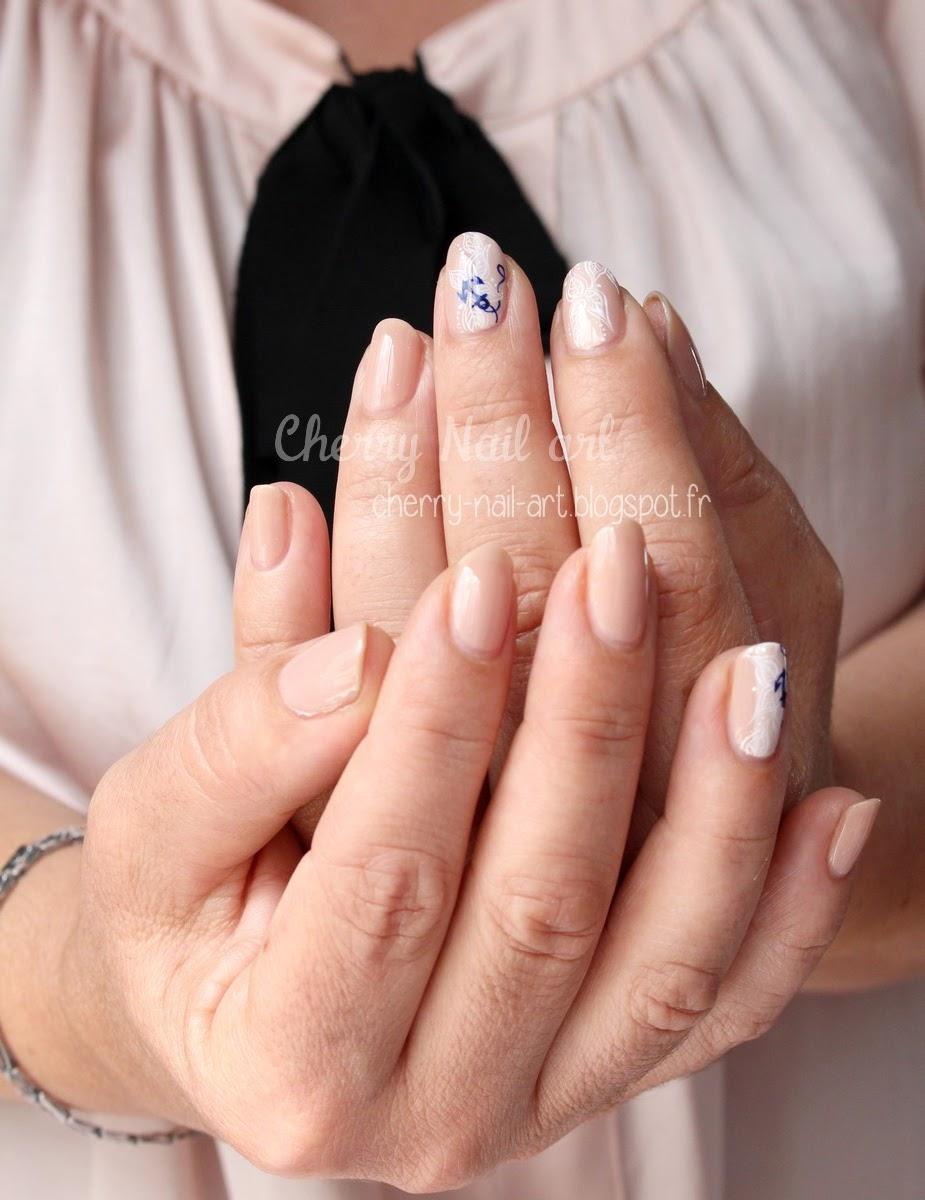 nail-art-plus-40-ans-été-ancre-marine