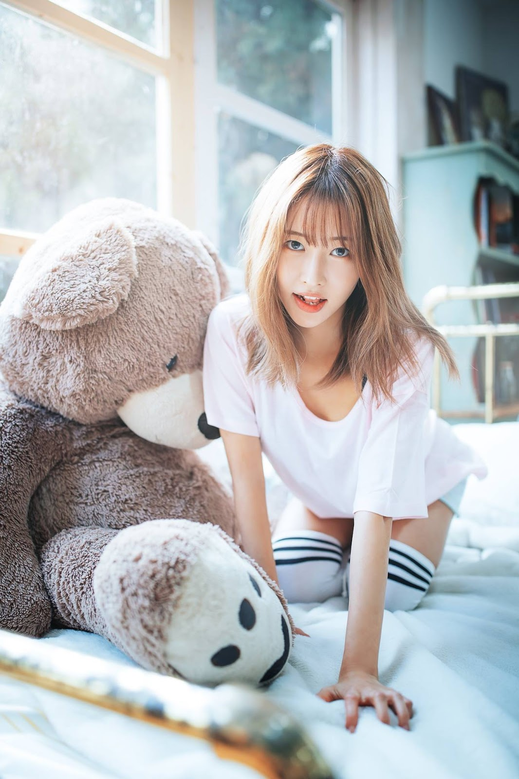 Korean Model Jang Hyeon Seo On Magazine Jan 2017