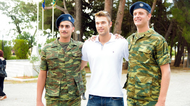 Ορκίστηκε η πρώτη «σειρά» νεοσυλλέκτων στρατιωτών στον Έβρο