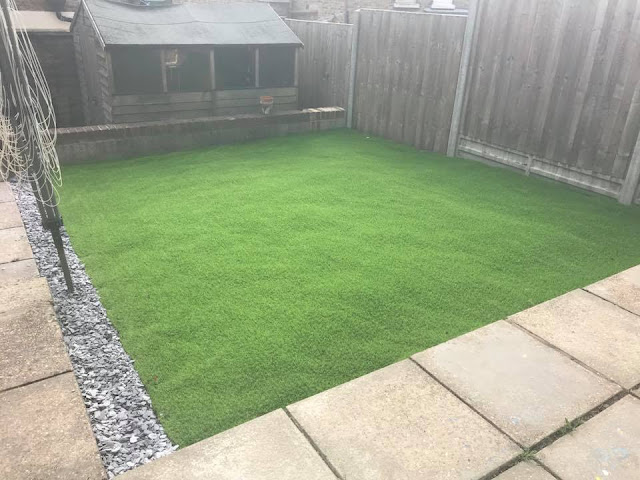 artificial-grass-back-garden
