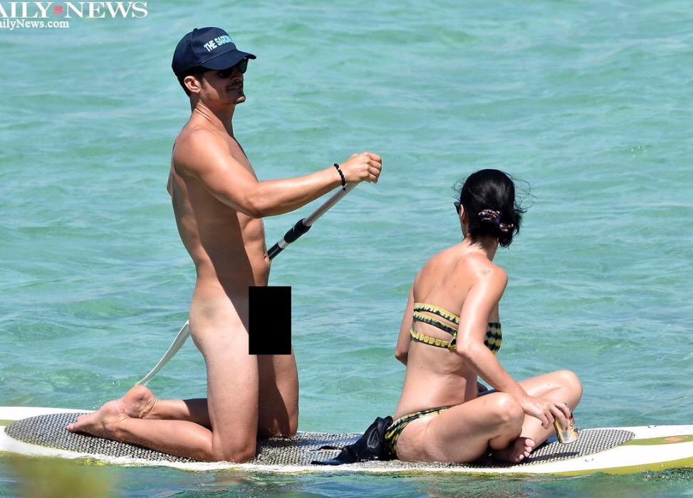 popgoesthearts whoa orlando bloom goes naked while paddling with