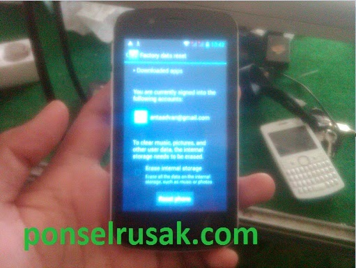 How to wipe all user data and settings on advan s4e easily can you read here.