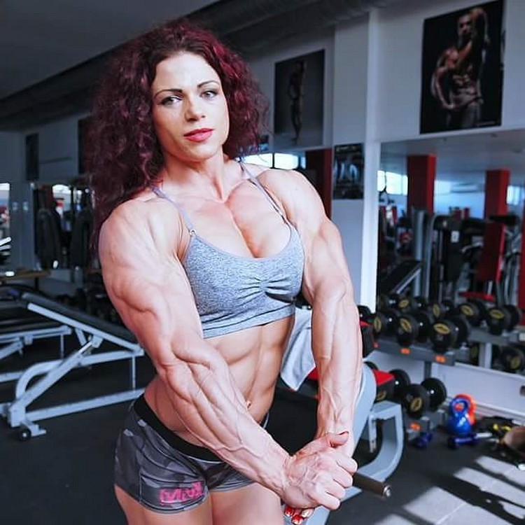 Oana Hreapca - Female Bodybuilder from Romania - Strong