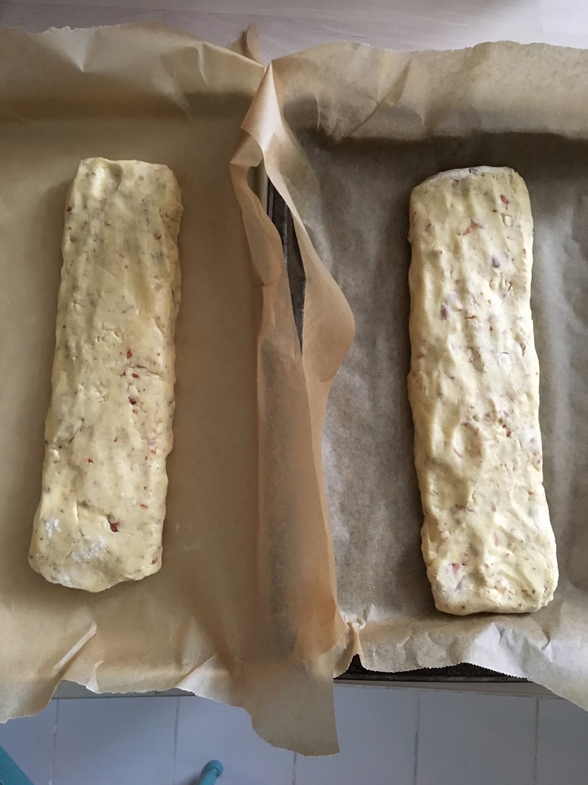 Fıstıklı ve Bademli Biscotti