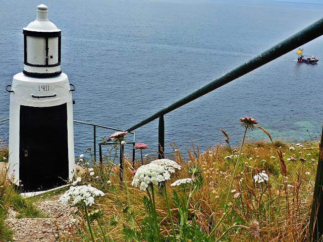 Polperro lighthouse, 1911 Cornwall
