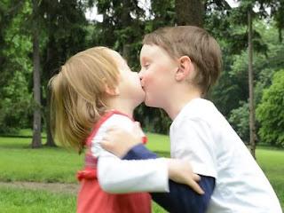 خواب میں بوسہ لینے کی تعبیر